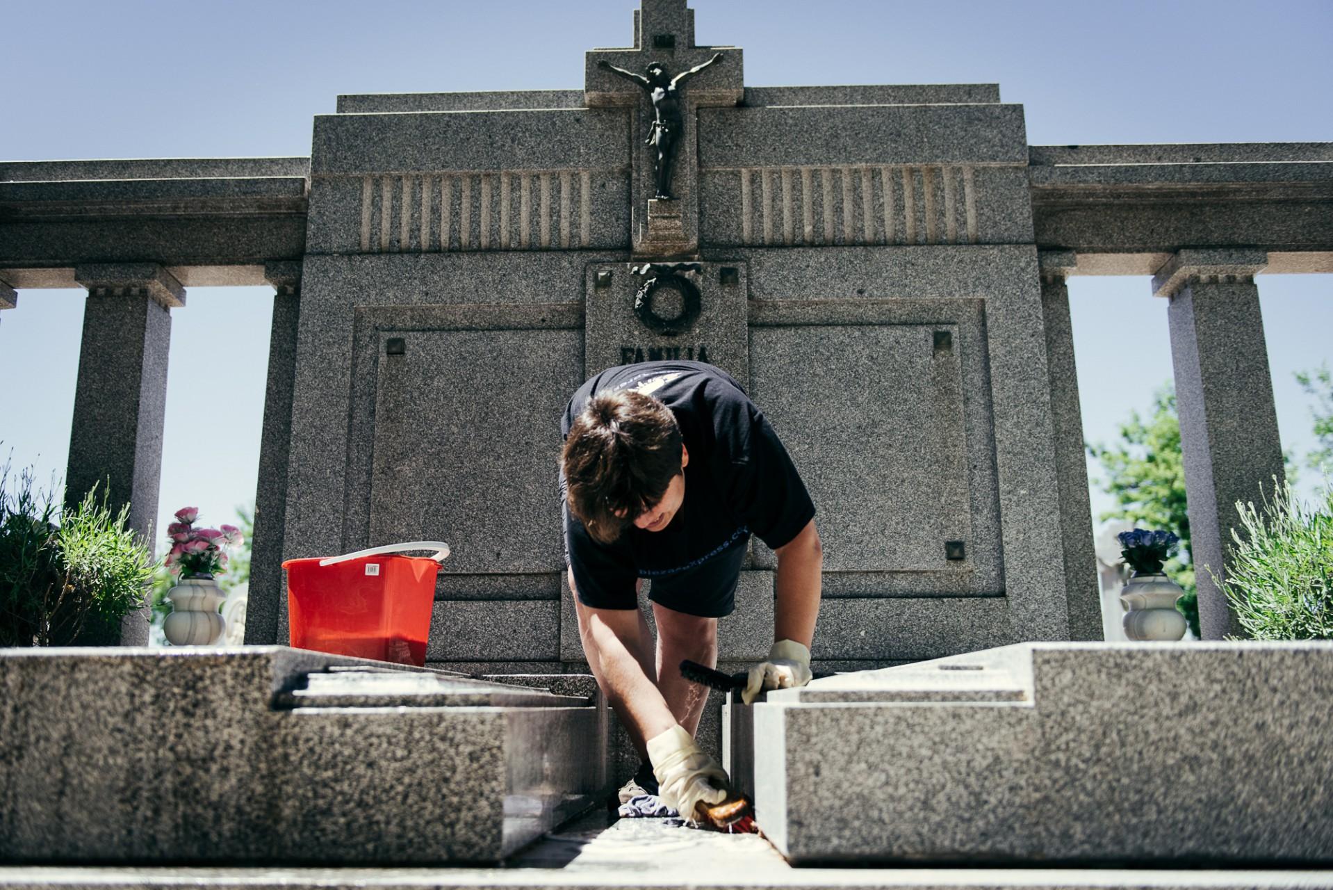 Ana Matos - sector funerario 2015-38